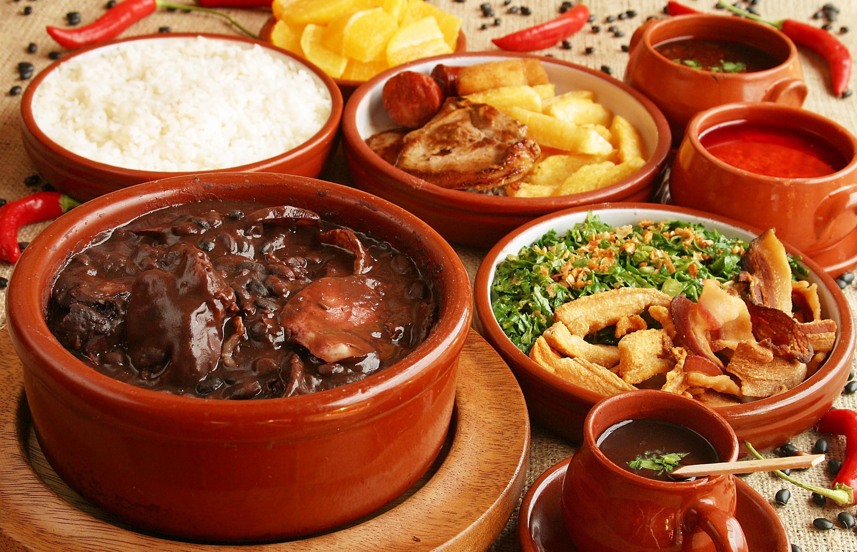 Gastronomia brasileira - Feijoada falando de turismo