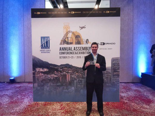 Aeroporto Internacional de Florianópolis recebe reconhecimento internacional
