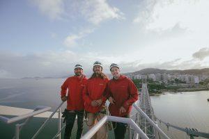 Catarinense completa feito histórico com esporte radical na ponte Hercílio Luz