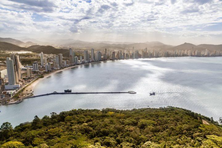 Federação de Hospedagem apresenta ações para impulsionar o turismo.